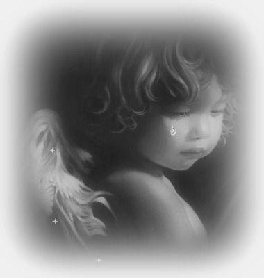 Ange Qui Pleure trop loin des anges